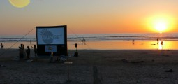 sunset-cine-playa-guiones-jan14-02